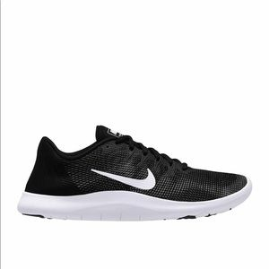 Nike Shoes - Nike! Flex RN sneaker. 5.5